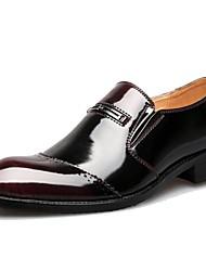 Zapatos de Hombre Boda/Oficina y Trabajo/Casual Cuero Oxfords Negro/Marrón