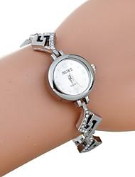 reloj de cuarzo brazalete de diamantes de imitación de plata de la moda de las mujeres