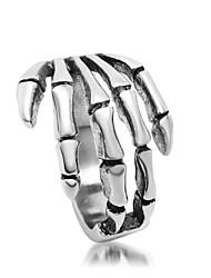 Men's Skeleton Hands Titanium Ring