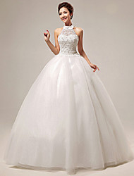 Ball Gown Wedding Dress Floor-length Halter Organza / Tulle