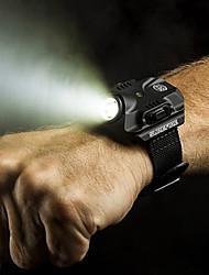 Q5 tactique de poignet de puits de lumière LED lampe torche de chargement USB montre-bracelet pour la nuit du sport