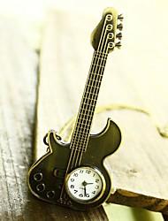 gros rocher montre de poche de guitare