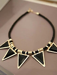 New Arrival Fashional Hot Selling Geometric Gem Triangle Necklace