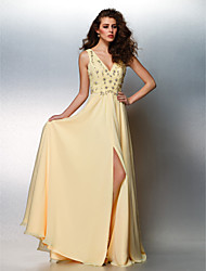 Prom / Formal Evening / Black Tie Gala Dress Plus Size / Petite A-line V-neck Floor-length Chiffon withBeading / Crystal Detailing /