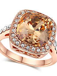 T&C Women's Royal Design 18K Rose Gold Plated with Rhinestones Surrounded Square Champagne Crystal Ring