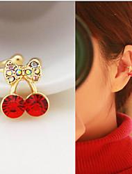 puños de diamantes del oído de la aleación de la cereza (1pc)
