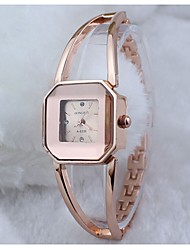 Mode einfachen hohlen Gold Armbanduhr Frauen