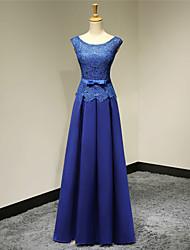 A-ligne scoop neck floor length satin robe de soirée formelle avec appliques