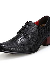 Homme Chaussures PU de microfibre synthétique Automne Hiver Confort Semelles Légères Chaussures formelles Oxfords Lacet Pour Mariage