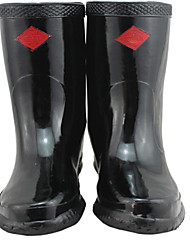 High-Voltage Insulating Boots