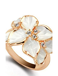Women's Alloy Ring With Gardenia Crystal