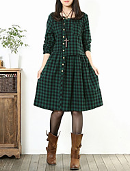 rodada bolso do pescoço / cheque botão solto vestido casual, algodão / linho na altura do joelho manga longa das mulheres