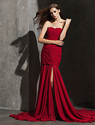 Formal Evening Dress Plus Size / Petite Fit & Flare Strapless / Sweetheart Court Train Chiffon with Criss Cross