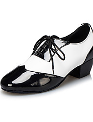Customizable Men's Dance Shoes Latin/Jazz Leather Low Heel Black/White
