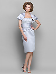 Sheath / Column Mother of the Bride Dress Knee-length Short Sleeve Satin / Taffeta with Beading / Ruching