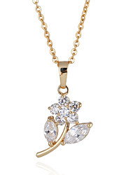 Women's 18K Gold Plated Fashionable and Generous Flower Crystal Necklaces