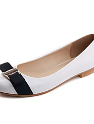 Zapatos de mujer - Tacón Bajo - Bailarina - Planos - Oficina y Trabajo / Vestido / Casual - Semicuero - Blanco
