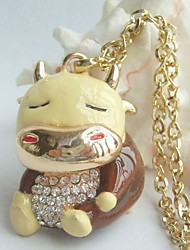 Lovely Cow Necklace Pendant With Clear Rhinestone Crystals