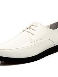 Sapatos Masculinos Oxfords Preto / Marrom / Branco / Vinho Couro Envernizado Casual