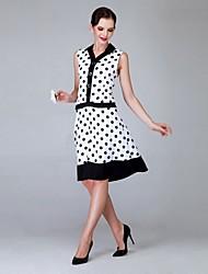 Women's Vintage V-Neck Polka Dot Sleeveless Knee-length Dress