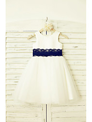 A-Line Knee Length Flower Girl Dress - Lace Satin Tulle Sleeveless Scoop Neck with Ribbon by thstylee