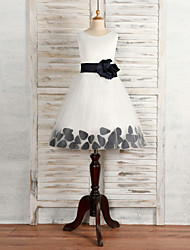 A-line Tea-length Flower Girl Dress - Lace Sleeveless Jewel with