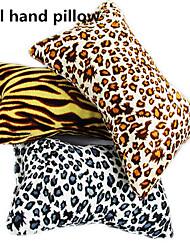 1pcs nuevo arte de uñas de leopardo suave manita color al azar cojín almohada