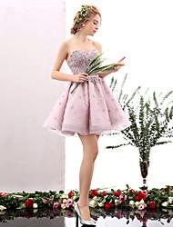 Linha A Decote Princesa Curto / Mini Tule Coquetel Baile de Fim de Ano Vestido com Flor(es) Detalhes em Pérolas de HUA XI REN JIAO
