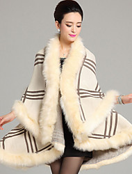 Wedding  Wraps / Fur Coats / Hoods & Ponchos Capes Sleeveless Faux Fur / Imitation Cashmere Black / Burgundy / Ivory / Chocolate / Grape