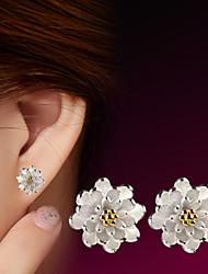 2016 Korean Women 925 Silver Sterling Silver Jewelry AAA Zircon Lotus Flowers Earrings Stud Earrings 1PairImitation Diamond Birthstone