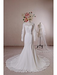 Trumpet/Mermaid Wedding Dress - Ivory Court Train Scoop Chiffon / Lace / Tulle