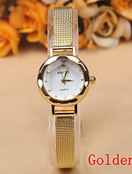 Europe And Selling Simple Fashion Women's Watch Dial Alloy Belt Quartz Watches in Geneva Cool Watches Unique Watches