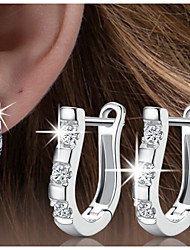 The high-end S925 silver ear clip