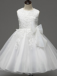 A-line Knee-length Flower Girl Dress - Lace / Satin / Tulle Sleeveless Jewel with Appliques / Bow(s)