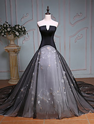 Princess Wedding Dress-Black Chapel Train Strapless Taffeta / Tulle