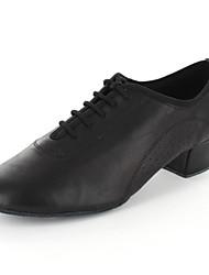 Customizable Women's Dance Shoes Latin / Dance Sneakers / Modern / Salsa Leatherette Flat Heel Black