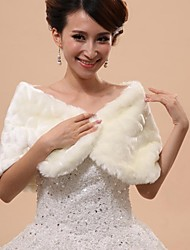Wedding  Wraps / Fur Wraps / Hoods & Ponchos Capelets Sleeveless Faux Fur White Wedding / Party/Evening Off-the-shoulder PatternHidden