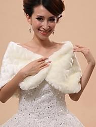 Wedding / Party/Evening Faux Fur Capelets Sleeveless Wedding  Wraps / Fur Wraps / Hoods & Ponchos