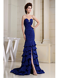 Formal Evening Dress Trumpet / Mermaid Sweetheart Court Train Chiffon with Ruffles / Side Draping / Split Front