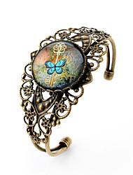 Lureme® Vintage Jewelry Time Gem Series Key and Butterfly Antique Bronze Hollow Flower Open Bangle Bracelet for Women