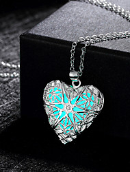 New Magical Glow in the Dark Luminous Charm Heart Pendant Necklace