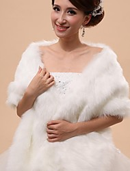 Fur Vests / Hoods & Ponchos / Wedding  Wraps Capelets Sleeveless Faux Fur White Wedding / Party/Evening Off-the-shoulderButton / Draped /