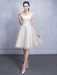 Knee-length Tulle Bridesmaid Dress-Champagne A-line Sweetheart