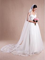 Véus de Noiva Uma Camada Véu Catedral Corte da borda / Borda com aplicação de Renda 104,33 em (265 centímetros) Tule / Renda Branco / Bege