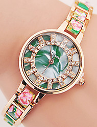 Women's Fashionable Leisure Geneva Floral Alloy Chain Watch Cool Watches Unique Watches