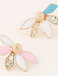 European Style Fashion Trend Metal Shiny Rhinestones Simple Leaves Stud Earrings