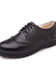 Zapatos de mujer-Tacón Bajo-Punta Redonda-Oxfords-Oficina y Trabajo / Vestido / Casual-Semicuero-Negro / Blanco