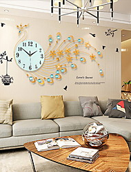 Modern Creative Fashion Metal Mute Wall Clock