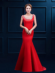 Formal Evening Dress Trumpet / Mermaid Scoop Sweep / Brush Train Satin with Beading