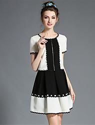 Women's Vintage Elegant Black White Patchwork Wave Lace FlowerPlus Size Fake Two Pieces Dress